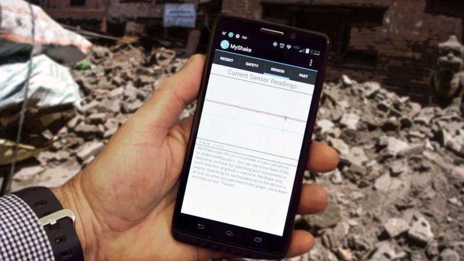 Depremde Telefon sayesinde Hayatta Kalın