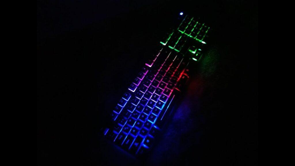 Piranha Klavye 2345 Renk Değiştirme Özelliği Nasıl Kullanılır?